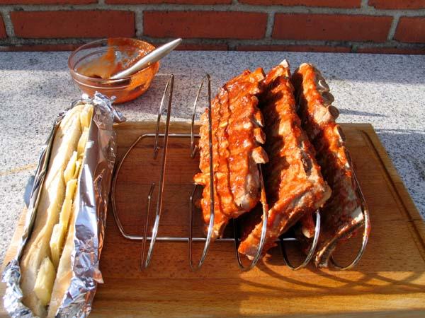 Forkogte Spareribs På Gasgrill : Mexicanske spareribs med æblesalat u santa maria foodservice